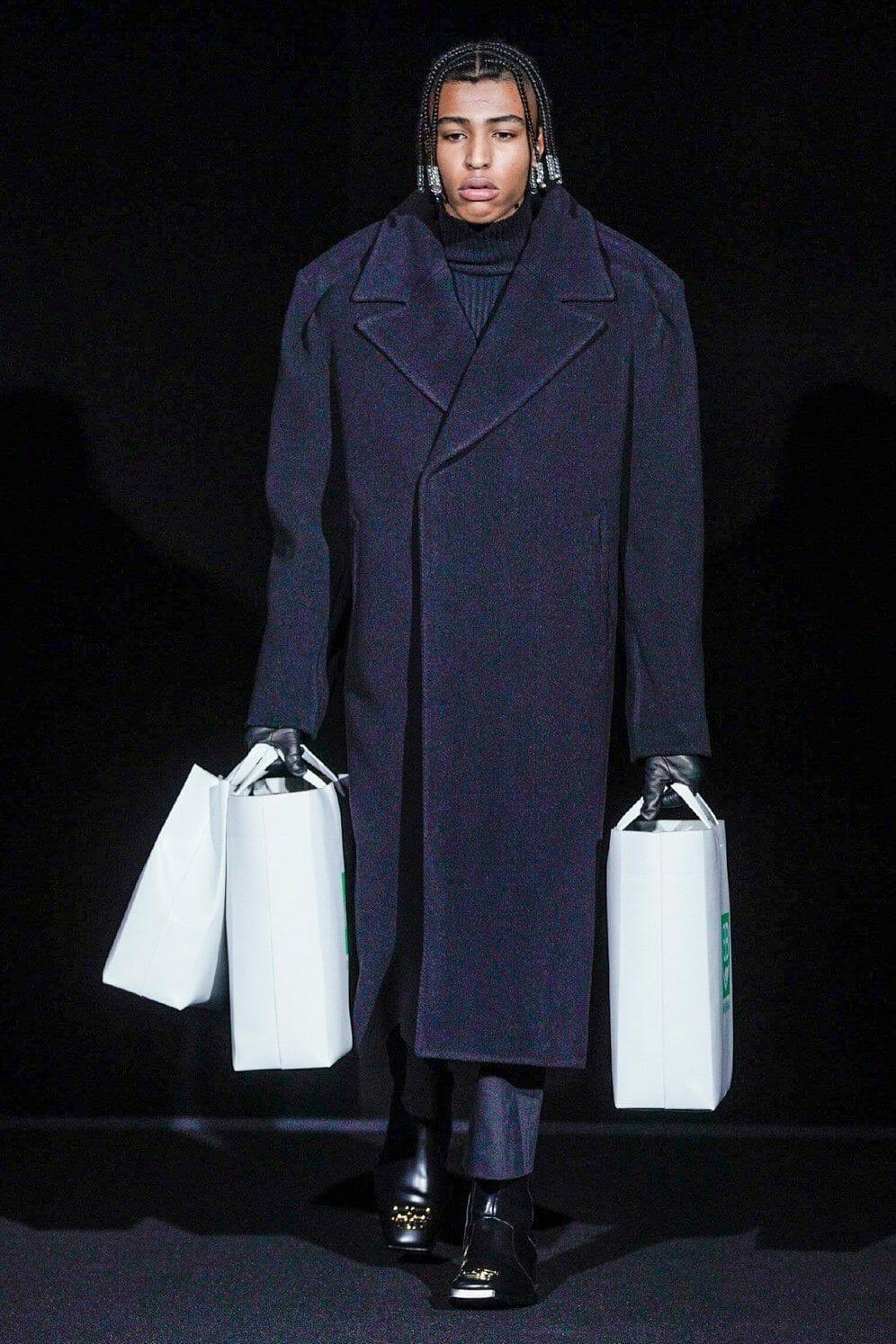 Balenciaga Ready-to-Wear Fall-Winter 2019-2020 by RUNWAY MAGAZINE