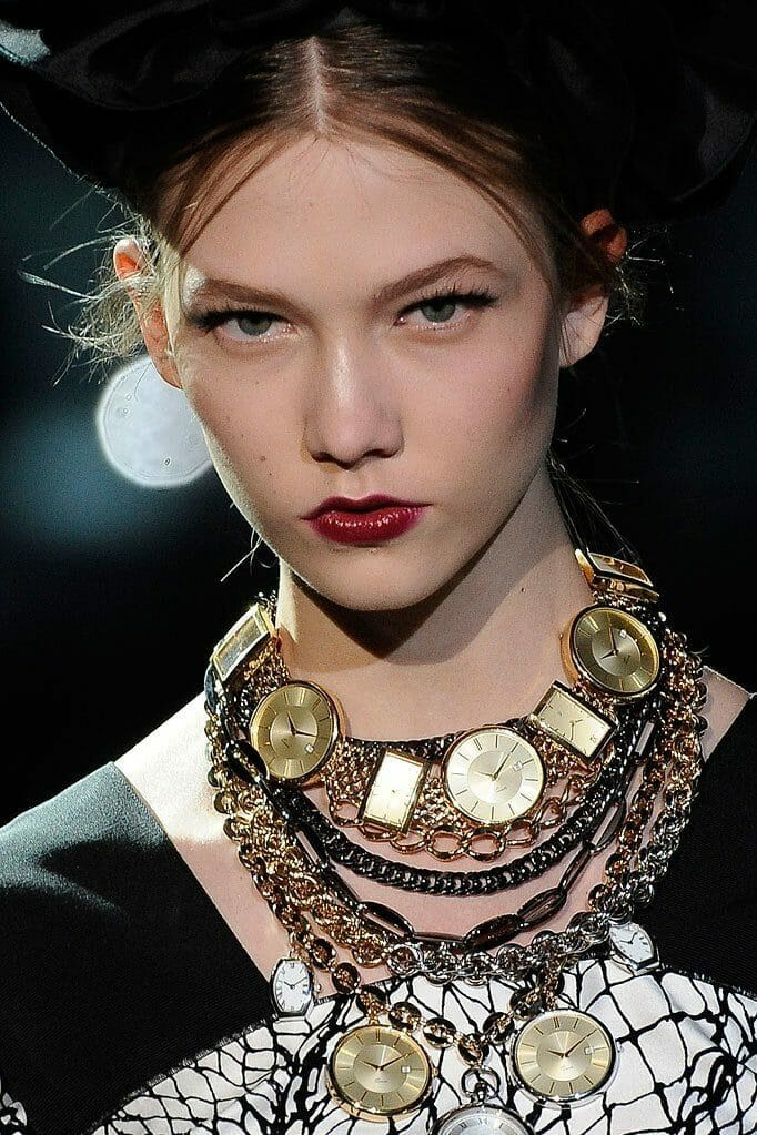 "DOLCE & GABBANA READY-TO-WEAR FALL-WINTER 2009-2010. Milan Fashion Week. RUNWAY MAGAZINE ® Collections Special Selection ""Fashion Treasure"". RUNWAY MAGAZINE ® Collections. RUNWAY NOW / RUNWAY NEW"
