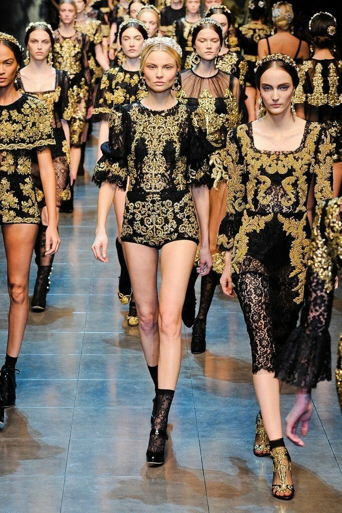 "DOLCE & GABBANA READY-TO-WEAR FALL-WINTER 2012-2013. Milan Fashion Week. RUNWAY MAGAZINE ® Collections Special Selection ""Fashion Treasure"". RUNWAY MAGAZINE ® Collections. RUNWAY NOW / RUNWAY NEW"