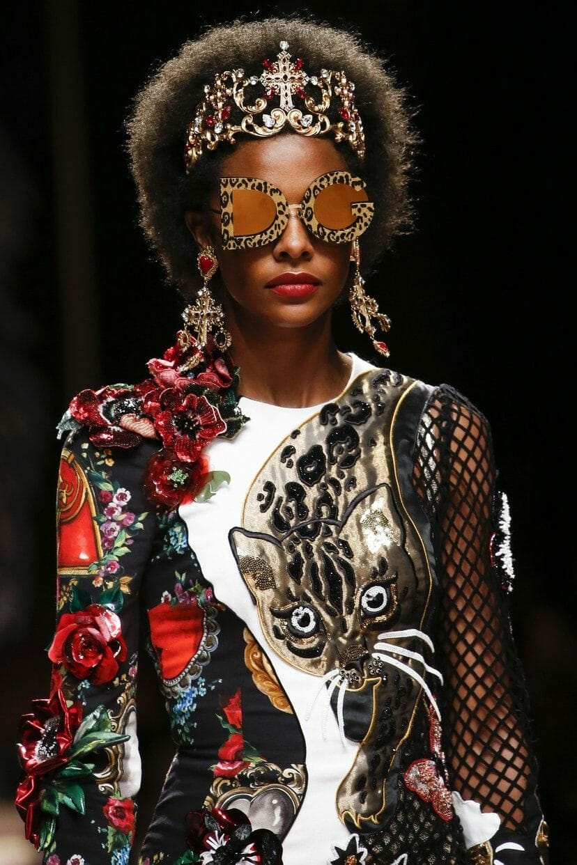 "DOLCE & GABBANA READY-TO-WEAR SPRING-SUMMER 2019. Milan Fashion Week. RUNWAY MAGAZINE ® Collections Special Selection ""Fashion Treasure"". RUNWAY MAGAZINE ® Collections. RUNWAY NOW / RUNWAY NEW"
