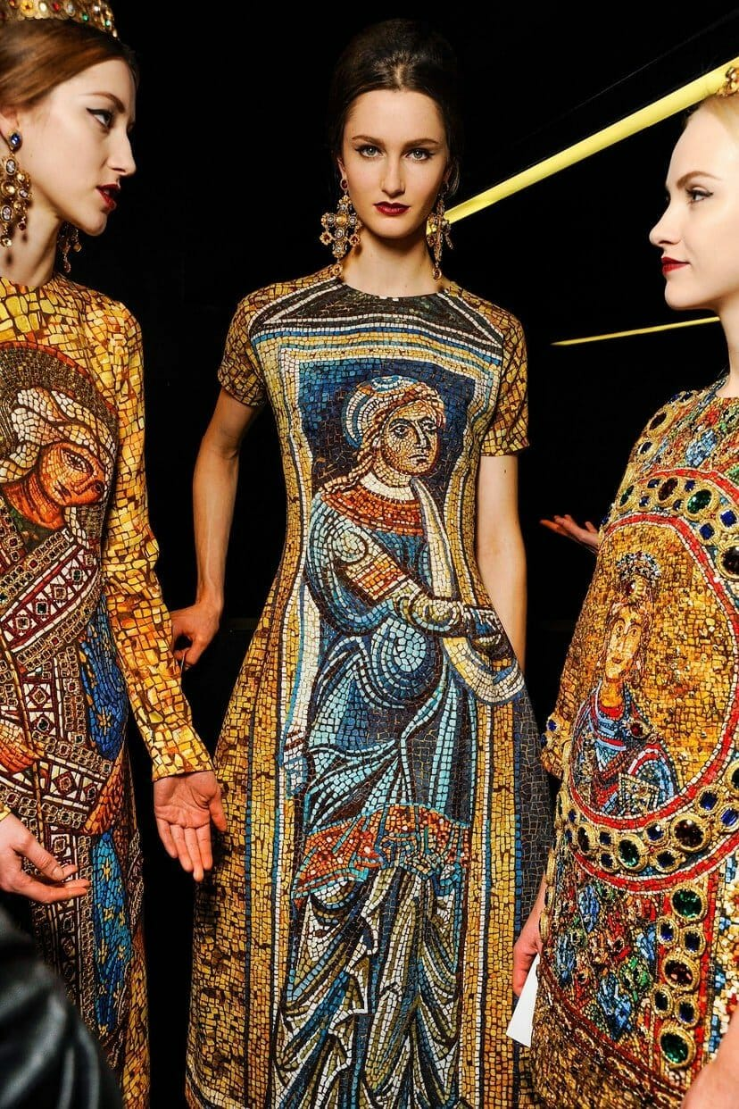 "DOLCE & GABBANA READY-TO-WEAR FALL-WINTER 2013-2014. Milan Fashion Week. RUNWAY MAGAZINE ® Collections Special Selection ""Fashion Treasure"". RUNWAY MAGAZINE ® Collections. RUNWAY NOW / RUNWAY NEW"