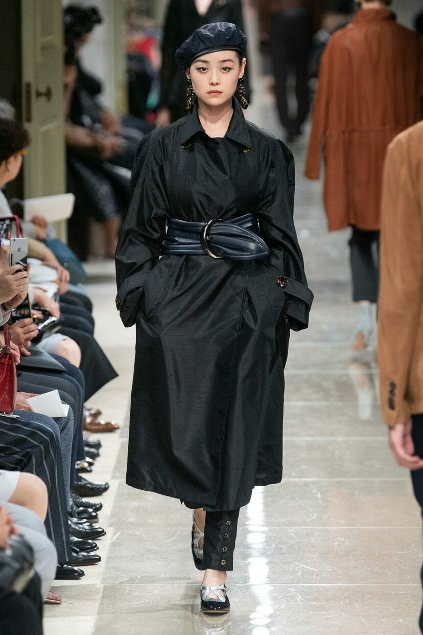 Giorgio Armani Cruise 2020 Tokyo. RUNWAY MAGAZINE ® Collections. RUNWAY NOW / RUNWAY NEW
