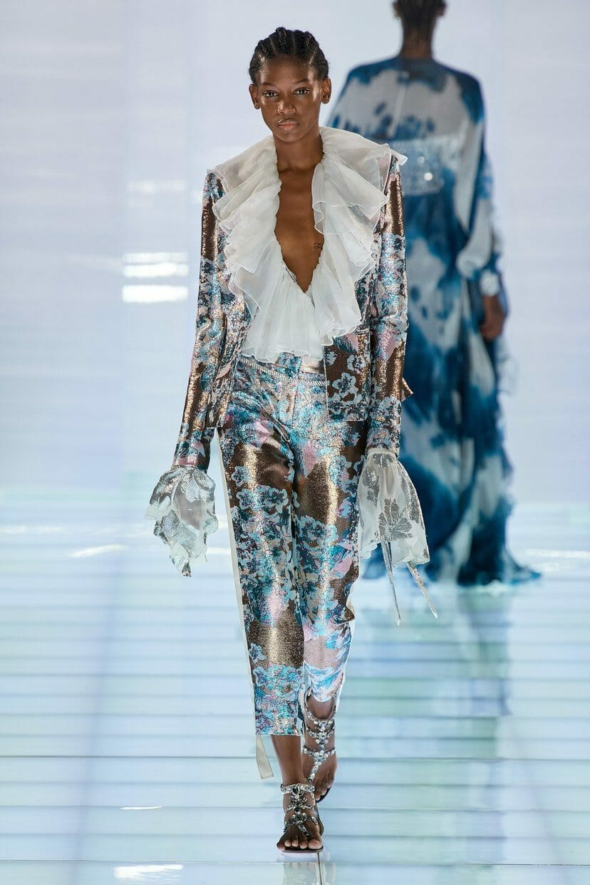 Azzaro Haute Couture Fall-Winter 2019-2020. RUNWAY MAGAZINE ® Collections. RUNWAY NOW / RUNWAY NEW
