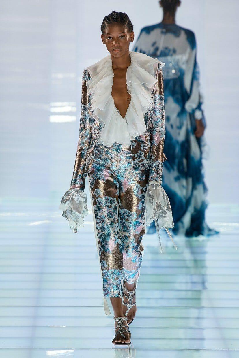 Azzaro Haute Couture Fall-Winter 2019-2020. RUNWAY MAGAZINE ® Collections. RUNWAY NOW / RUNWAY NEW
