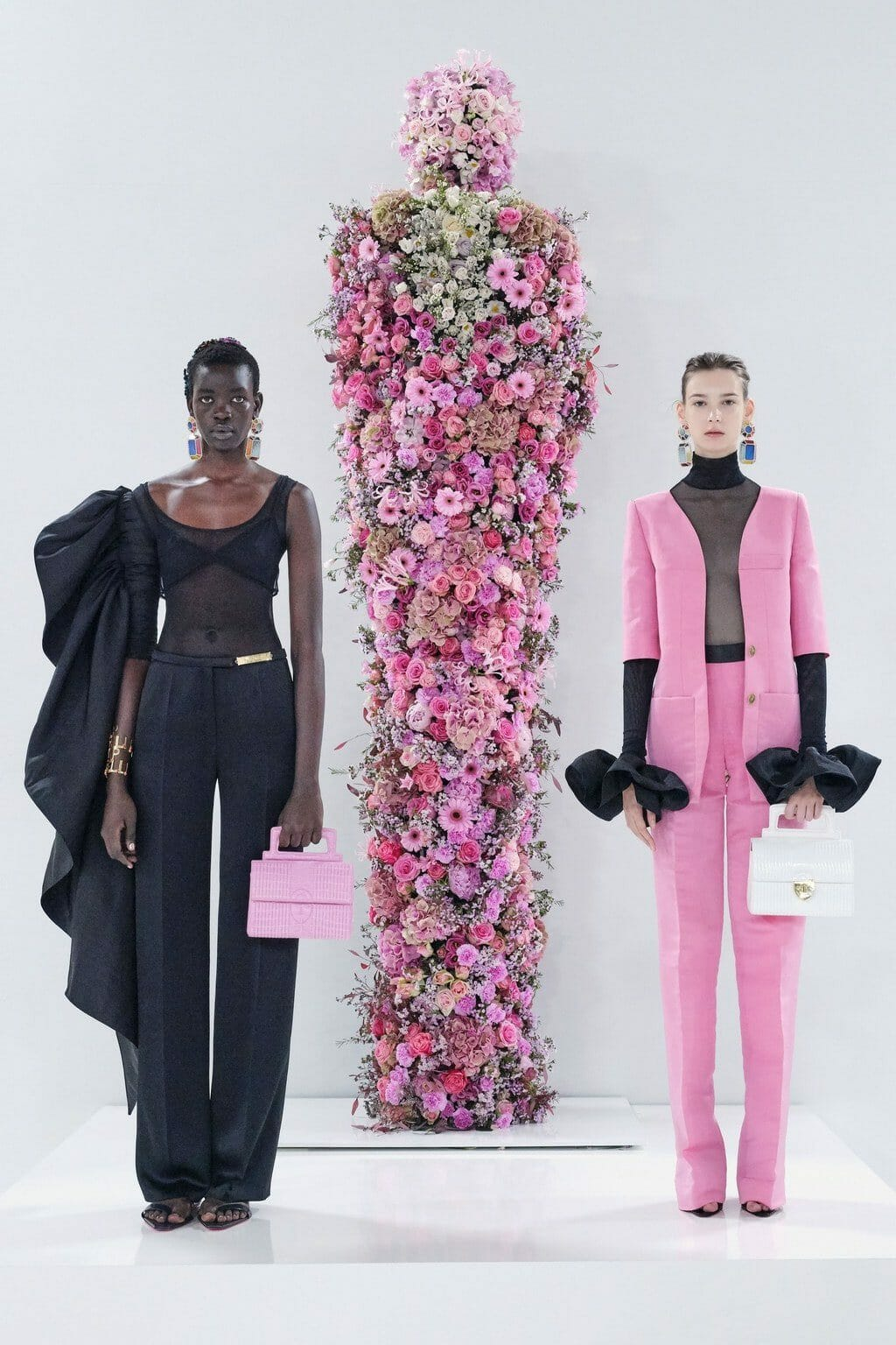 Schiaparelli Spring Summer 2020 Paris Fashion Week. RUNWAY MAGAZINE ® Collections. RUNWAY NOW / RUNWAY NEW