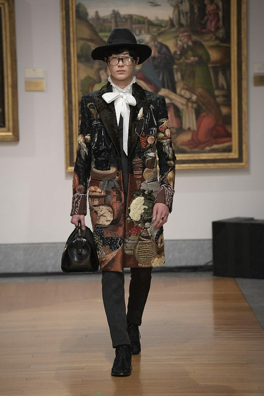 Dolce Gabbana Alta Sartoria 2019 Pinacoteca. RUNWAY MAGAZINE ® Collections. RUNWAY NOW / RUNWAY NEW