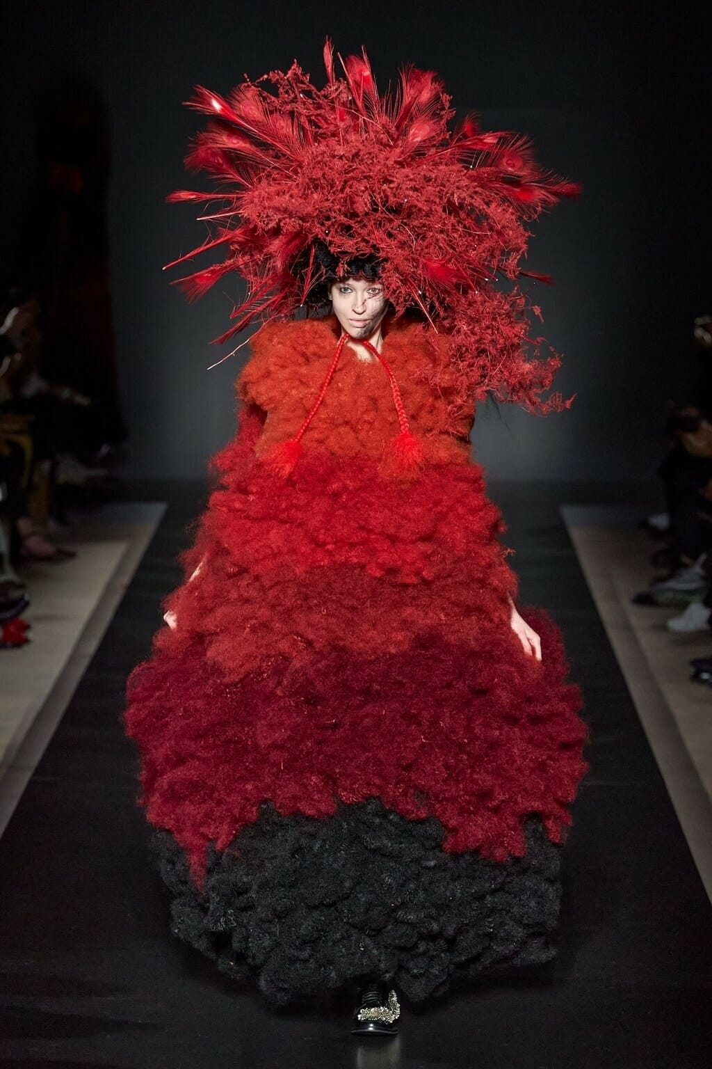 Noir Kei Ninomiya Fall-Winter 2020-2021 Paris. RUNWAY MAGAZINE ® Collections. RUNWAY NOW / RUNWAY NEW