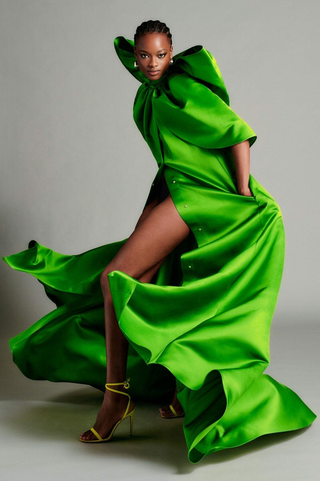 Brandon Maxwell Cruise 2021 Resort New York. RUNWAY MAGAZINE ® Collections. RUNWAY NOW / RUNWAY NEW