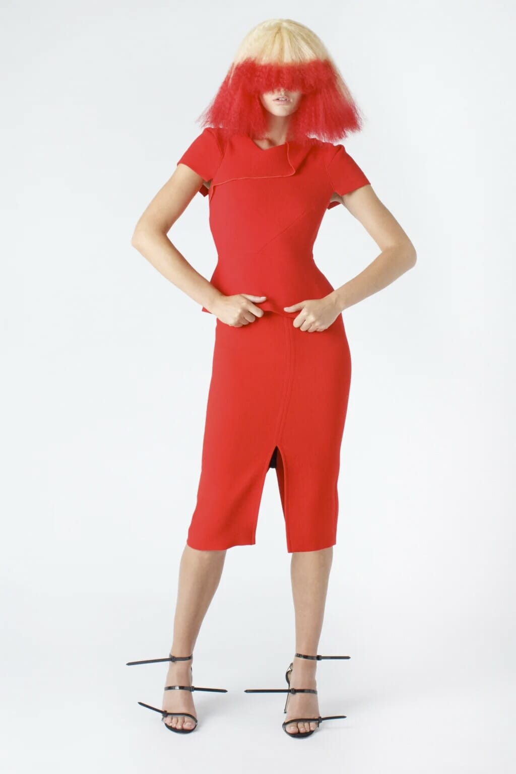 Roland Mouret Pre-Fall 2020-2021. RUNWAY MAGAZINE ® Collections. RUNWAY NOW / RUNWAY NEW