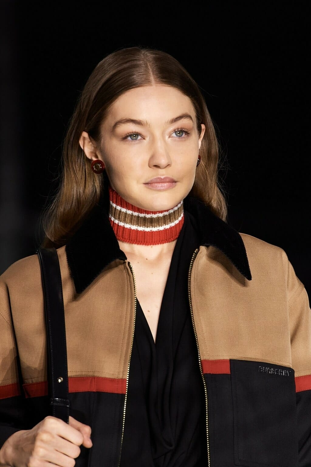 Burberry Fall-Winter 2020-2021 London. RUNWAY MAGAZINE ® Collections. RUNWAY NOW / RUNWAY NEW