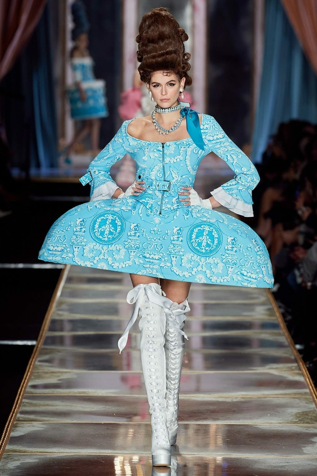 "Moschino Fall-Winter 2020-2021 Milan Fashion Week Ready-to-Wear. Marie Antoinette - ""Let them eat Moschino"". RUNWAY MAGAZINE ® Collections. RUNWAY NOW / RUNWAY NEW"