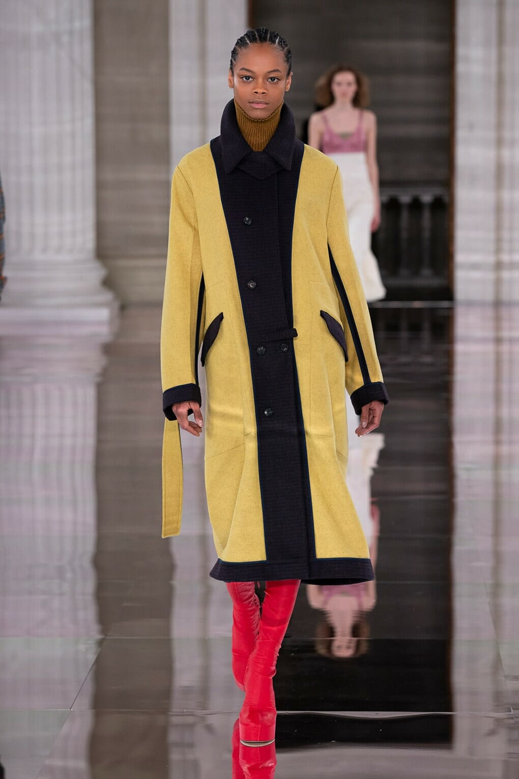 Victoria Beckham Fall-Winter 2020-2021 London. RUNWAY MAGAZINE ® Collections. RUNWAY NOW / RUNWAY NEW