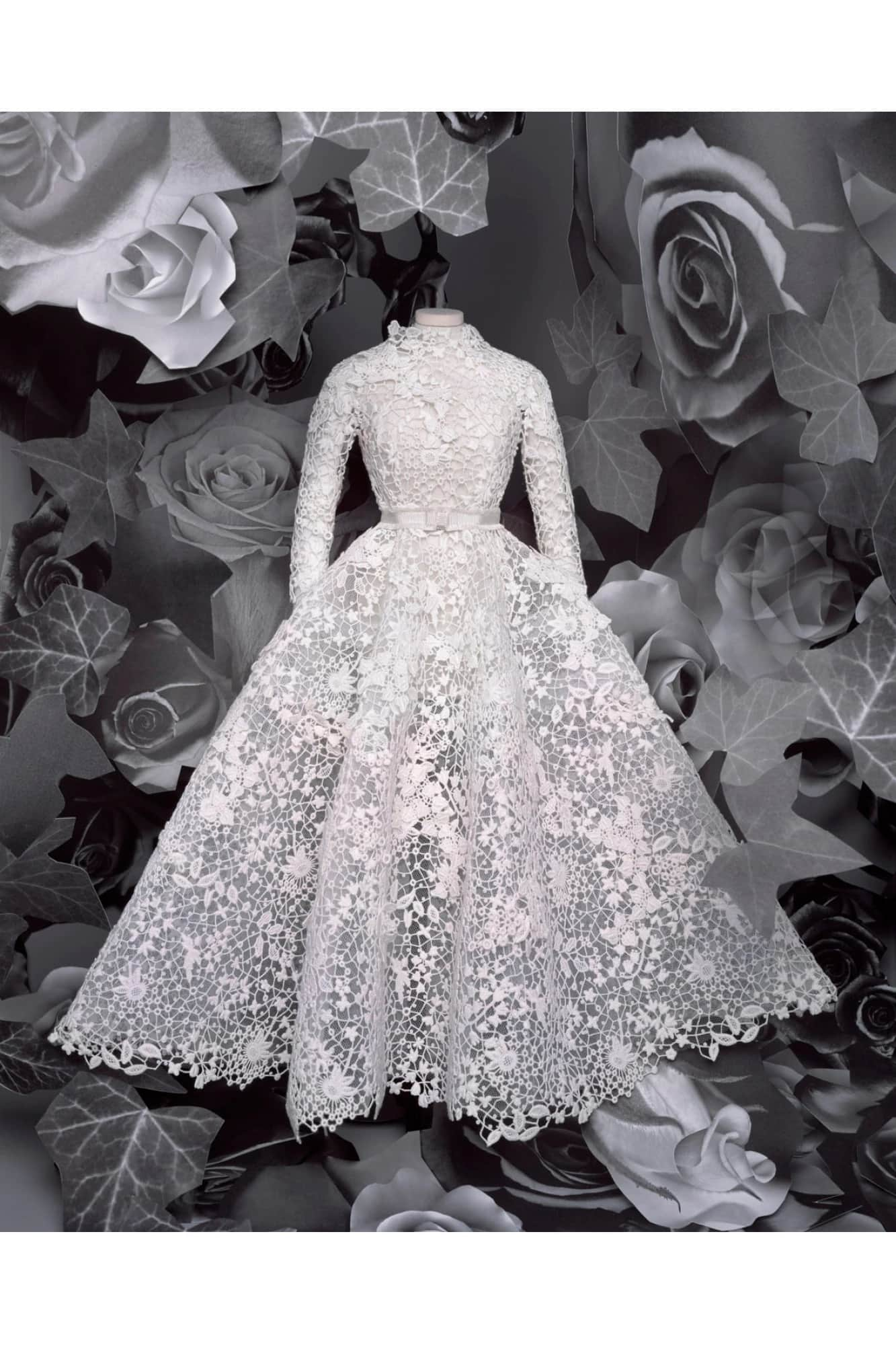 Christian Dior Haute Couture Fall-Winter 2020-2021 Paris Digital Fashion week. RUNWAY MAGAZINE ® Collections. RUNWAY NOW / RUNWAY NEW