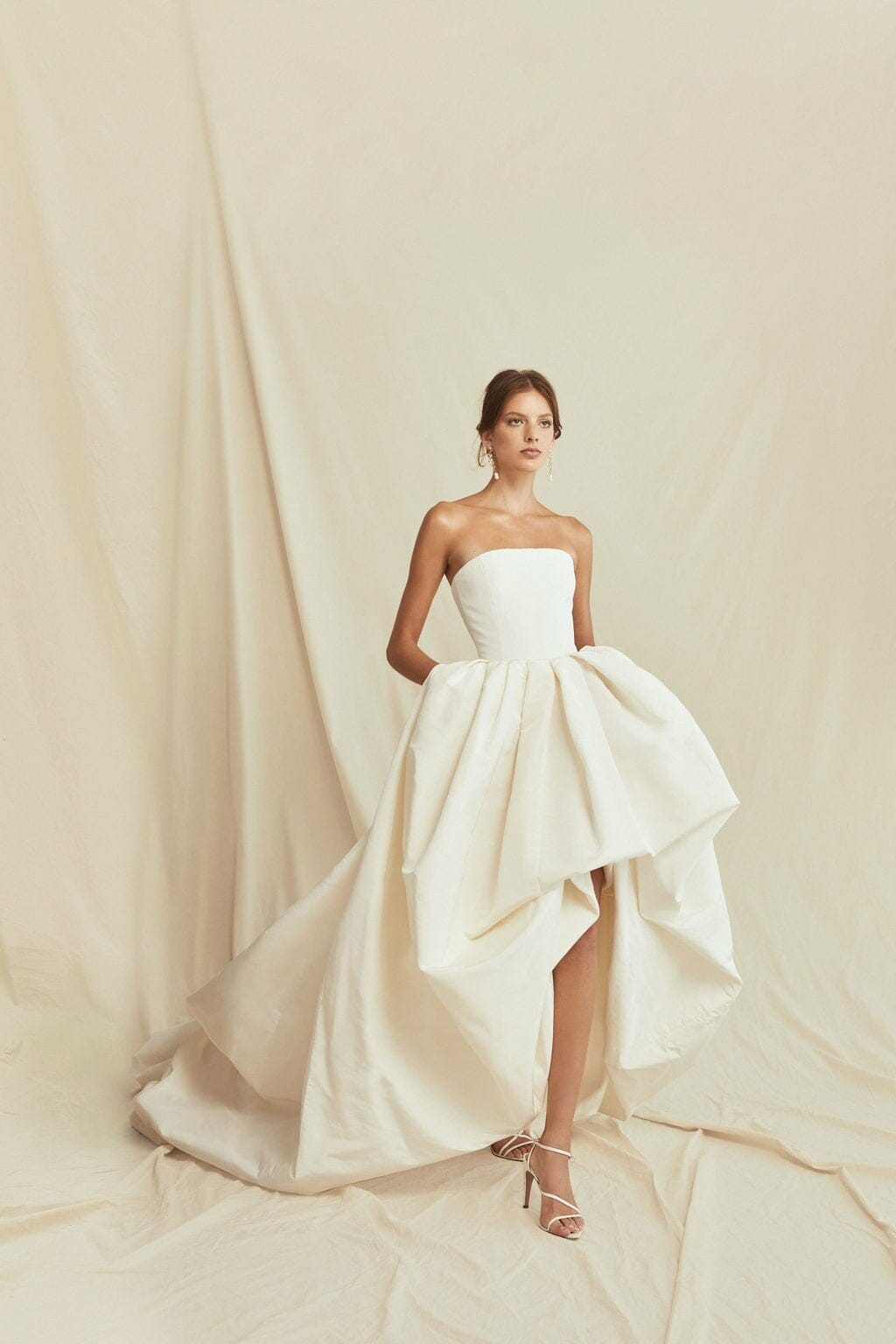 Oscar de la Renta Spring Summer 2021 Bridal New York. RUNWAY MAGAZINE ® Collections. RUNWAY NOW / RUNWAY NEW