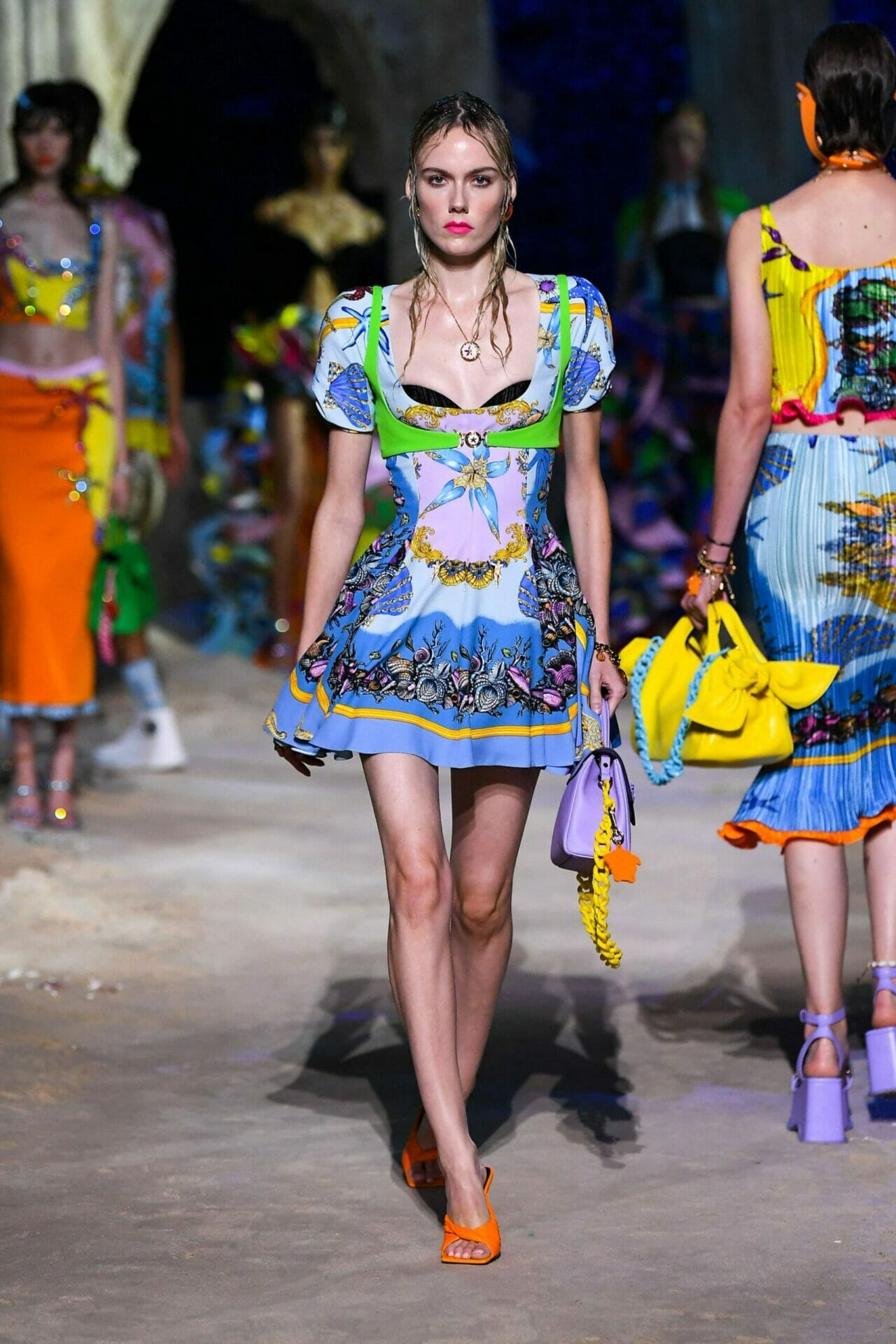 Versace Spring Summer 2021 Milan. RUNWAY MAGAZINE ® Collections. RUNWAY NOW / RUNWAY NEW