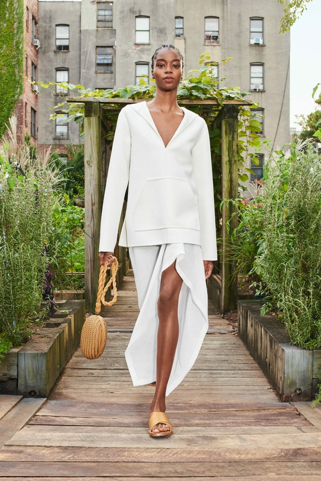 Michael Kors Spring Summer 2021 New York. RUNWAY MAGAZINE ® Collections. RUNWAY NOW / RUNWAY NEW