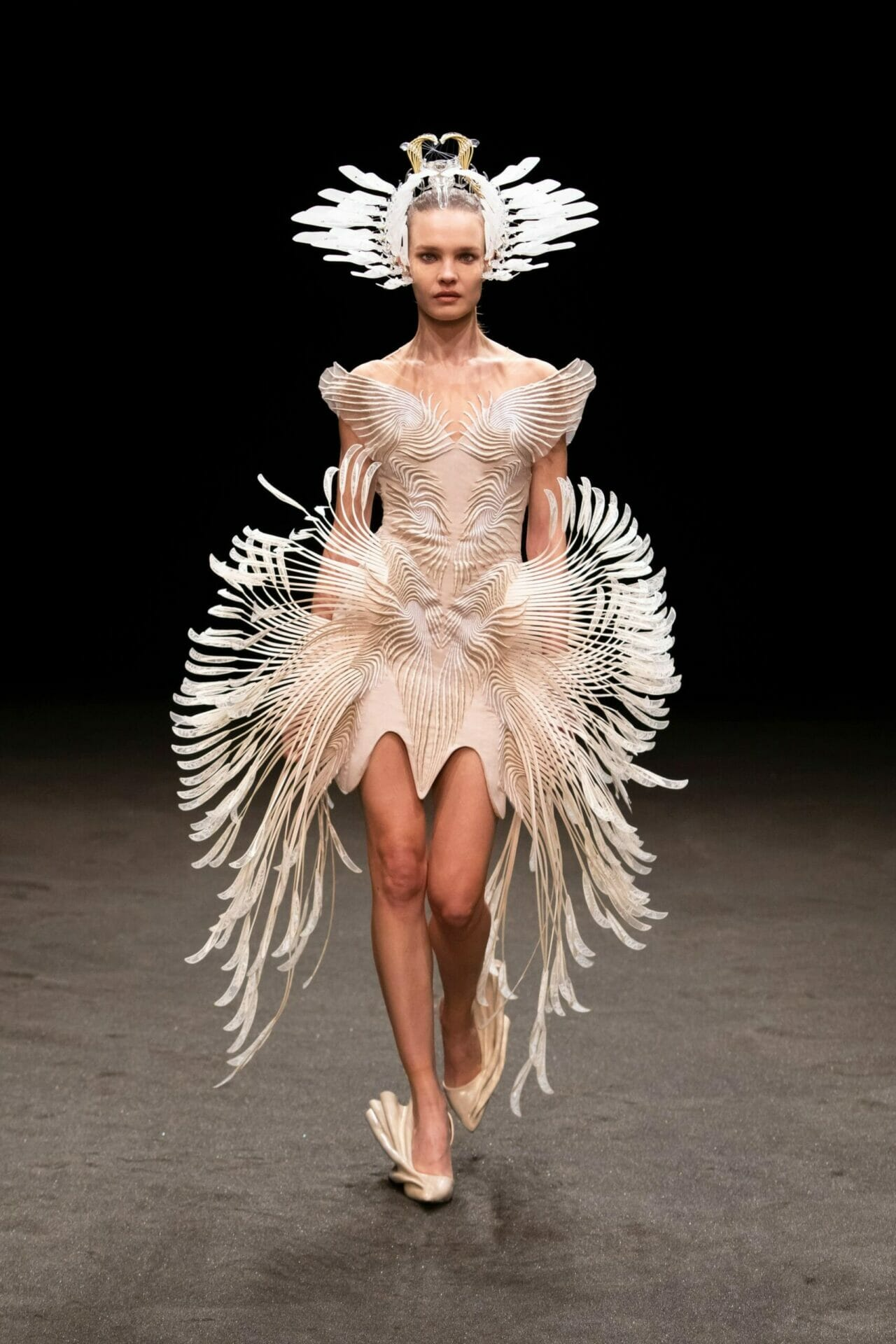 Iris van Herpen Haute Couture Spring Summer 2021. RUNWAY MAGAZINE ® Collections. RUNWAY NOW / RUNWAY NEW