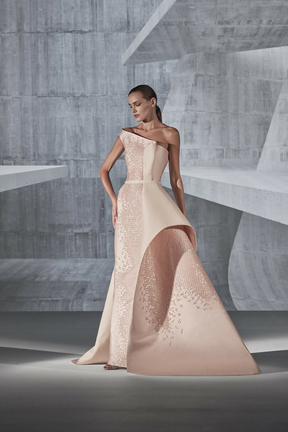 Rami Al Ali Haute Couture Spring Summer 2021. RUNWAY MAGAZINE ® Collections. RUNWAY NOW / RUNWAY NEW