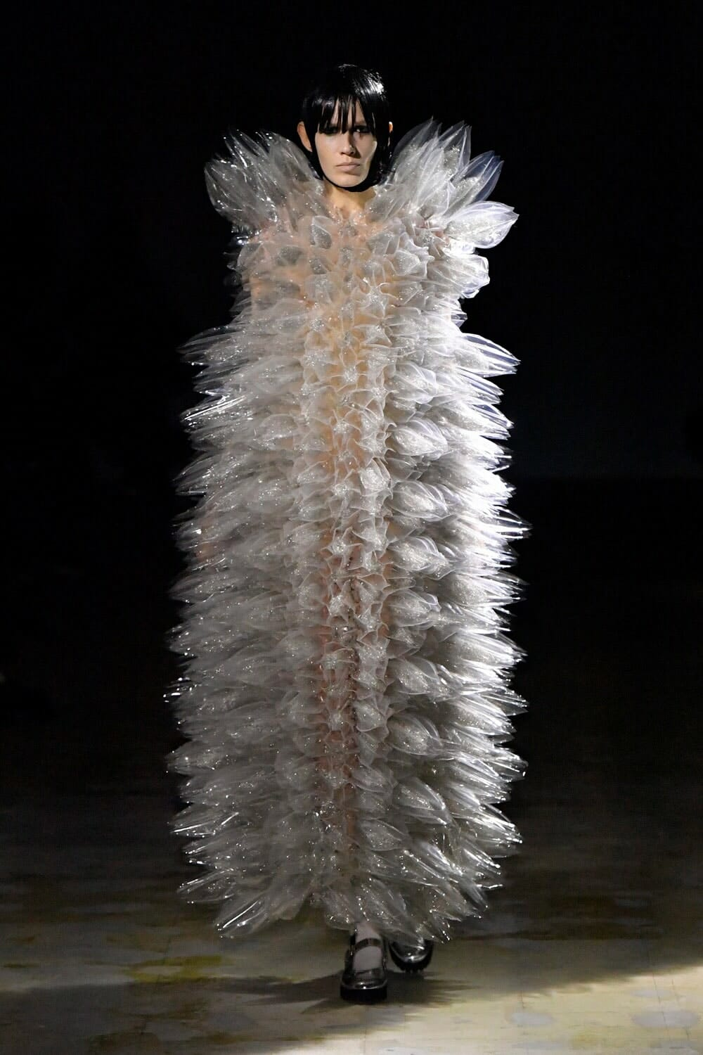Noir Kei Ninomiya Fall Winter 2021-2022 Paris. RUNWAY MAGAZINE ® Collections. RUNWAY NOW / RUNWAY NEW