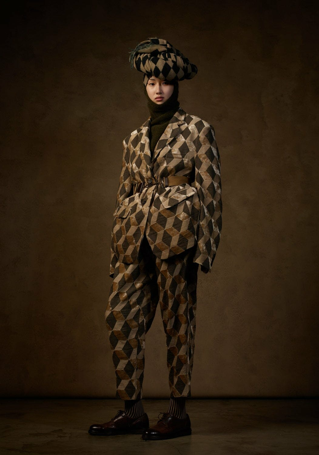 Uma Wang Fall Winter 2021-2022 Paris. RUNWAY MAGAZINE ® Collections. RUNWAY NOW / RUNWAY NEW