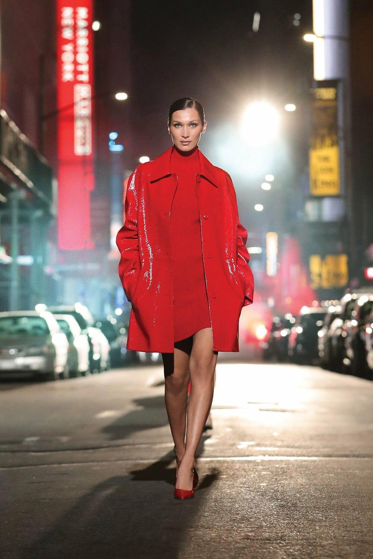Michael Kors Fall 2021-2022 New York. RUNWAY MAGAZINE ® Collections. RUNWAY NOW / RUNWAY NEW