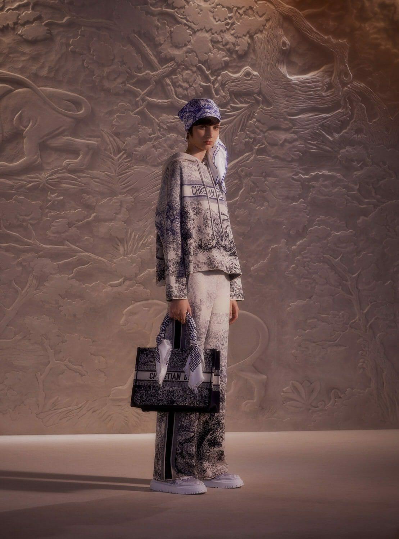 Dior Chez Moi Capsule Cruise 2022. RUNWAY MAGAZINE ® Collections. RUNWAY NOW / RUNWAY NEW