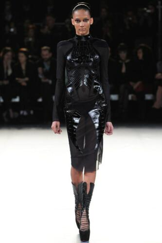 "THIERRY MUGLER READY-TO-WEAR FALL-WINTER 2012-2013. RUNWAY MAGAZINE ® Collections Special Selection ""Fashion Treasure"". RUNWAY MAGAZINE ® Collections. RUNWAY NOW / RUNWAY NEW"