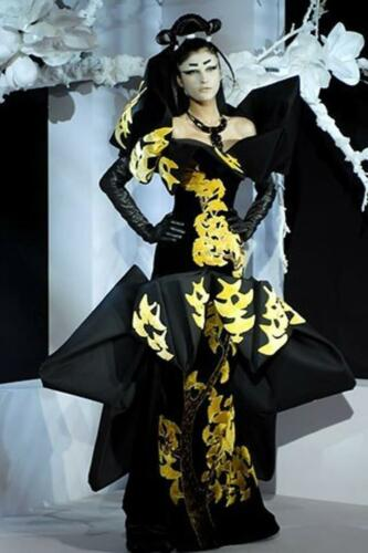 """JOHN GALLIANO for CHRISTIAN DIOR HAUTE COUTURE SPRING-SUMMER 2007. RUNWAY MAGAZINE ® Collections Special Selection """"Fashion Treasure"""". RUNWAY MAGAZINE ® Collections. RUNWAY NOW / RUNWAY NEW"""