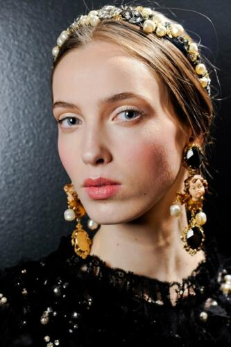 """DOLCE & GABBANA READY-TO-WEAR FALL-WINTER 2012-2013. Milan Fashion Week. RUNWAY MAGAZINE ® Collections Special Selection """"Fashion Treasure"""". RUNWAY MAGAZINE ® Collections. RUNWAY NOW / RUNWAY NEW"""