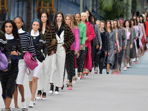 Chanel Cruise 2020 RUNWAY MAGAZINE ® Collections. RUNWAY NOW / RUNWAY NEW
