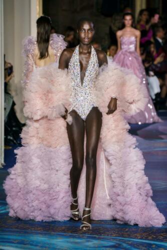 Zuhair Murad Haute Couture Spring-Summer 2019. RUNWAY MAGAZINE ® Collections. RUNWAY NOW / RUNWAY NEW