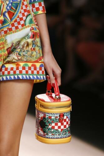 "DOLCE & GABBANA READY-TO-WEAR SPRING-SUMMER 2019. Milan Fashion Week. RUNWAY MAGAZINE ® Collections Special Selection ""Fashion Treasure"". RUNWAY MAGAZINE ® Collections. RUNWAY NOW / RUNWAY NEW"