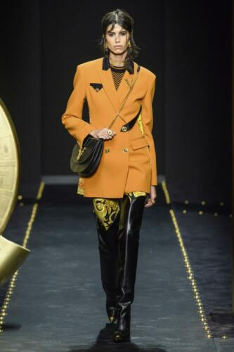 Versace Ready-to-Wear Fall-Winter 2019-2020 by RUNWAY MAGAZINE