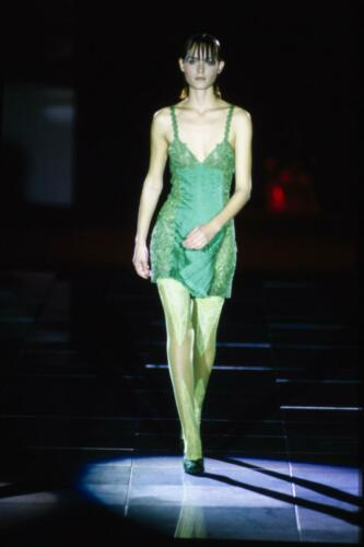 """VERSACE READY-TO-WEAR SPRING-SUMMER 1994. RUNWAY MAGAZINE ® Collections Special Selection """"Fashion Treasure""""."""