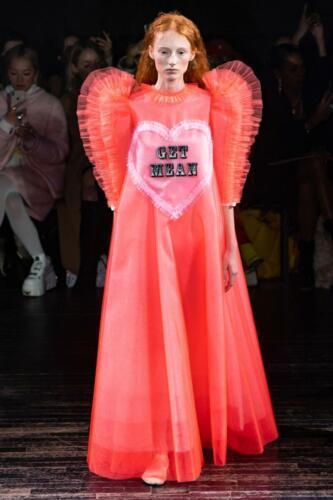 Viktor & Rolf Haute Couture Spring-Summer 2019. RUNWAY MAGAZINE ® Collections. RUNWAY NOW / RUNWAY NEW