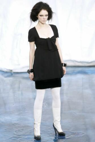 """CHANEL READY-TO-WEAR FALL-WINTER 2010-2011. RUNWAY MAGAZINE ® Collections Special Selection """"Fashion Treasure"""". RUNWAY NOW / RUNWAY NEWCHANEL READY-TO-WEAR FALL-WINTER 2010-2011. RUNWAY MAGAZINE ® Collections Special Selection """"Fashion Treasure"""". RUNWAY NOW / RUNWAY NEW"""