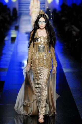 """JEAN PAUL GAULTIER HAUTE COUTURE SPRING-SUMMER 2007. RUNWAY MAGAZINE ® Collections Special Selection """"Fashion Treasure"""". RUNWAY MAGAZINE ® Collections. RUNWAY NOW / RUNWAY NEW"""